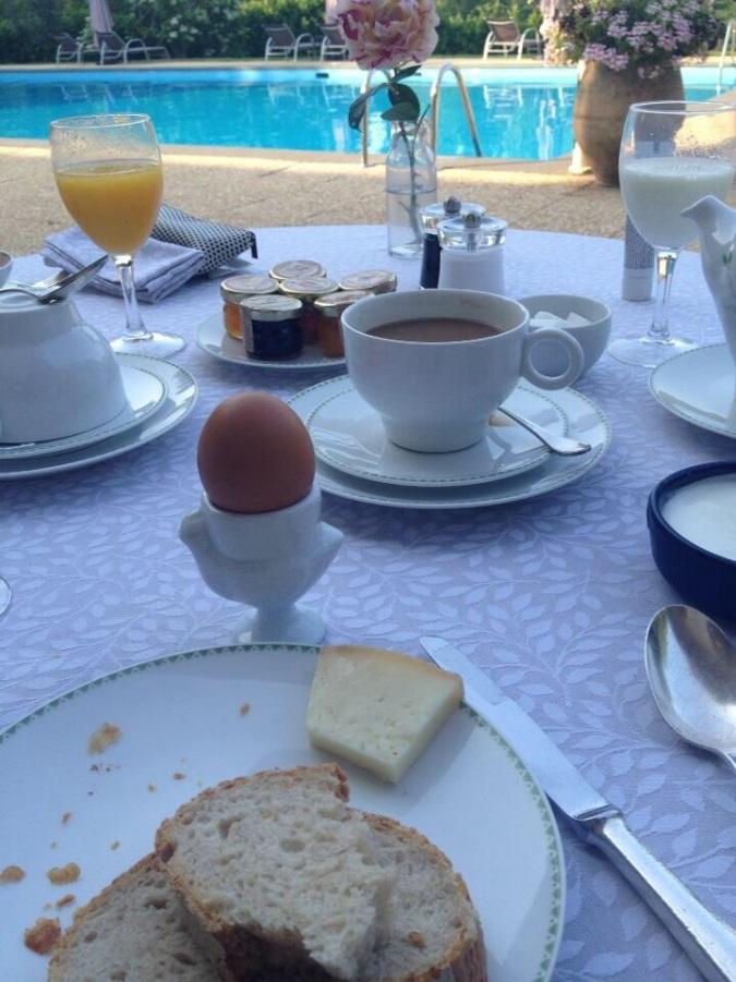 FRANCE le petit dejeuner