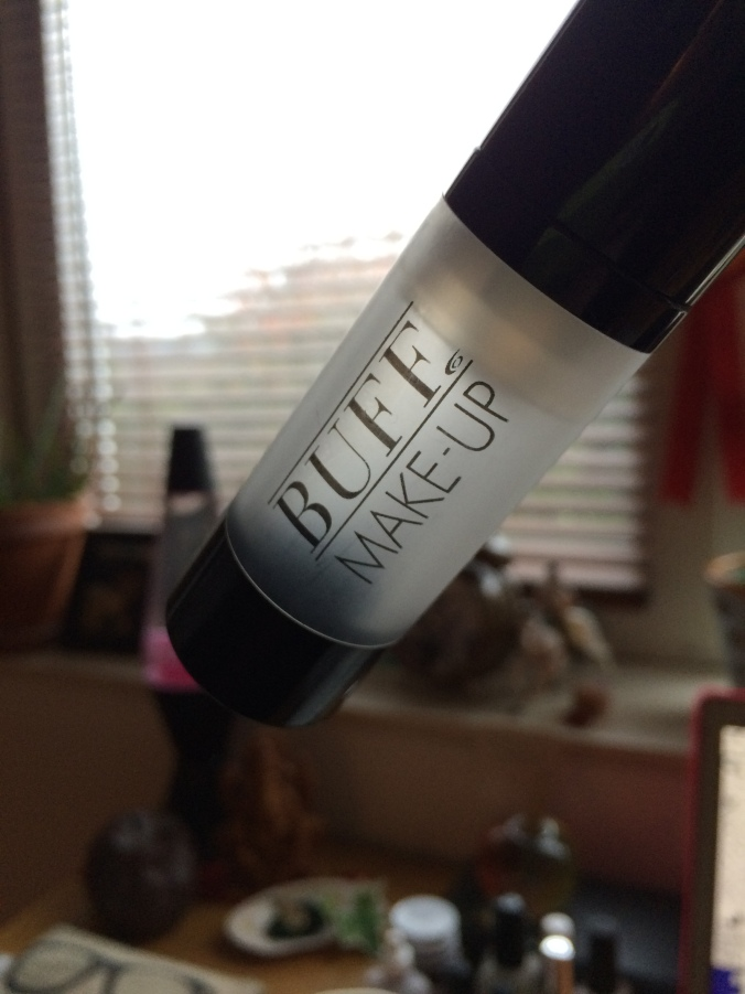 BUFF MAKE UP PRIMER IUIAU