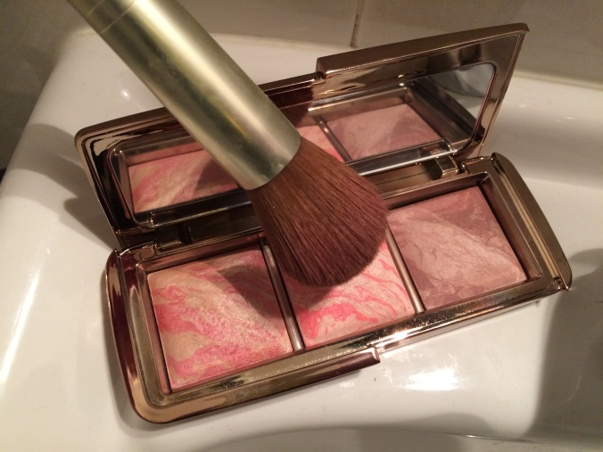 HOURGLASS AMBIENT BLUSH ACTUAL SIZE